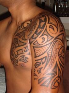 tatuaj baieti,tatuaj tribal,tatuaje tribale,tatuaj brat,tatuaje brat,tatuaj mana,tatuaje maini,tatuaje piept,tatuaj piept